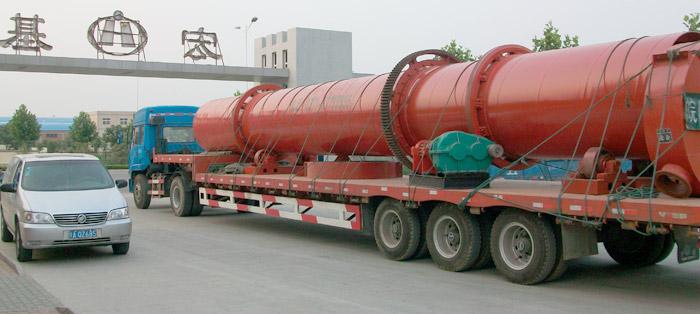 石英砂烘干机设备发往江苏南通
